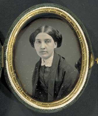 Susan Huntington Gilbert Dickinson     Image   : Houghton Library, Harvard University. MS Am 1118.99b, Series I, (29.4)