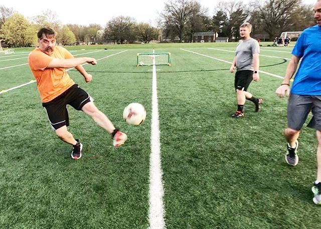 4/9 — 6:30p fút fit practice :: we connected through passes and elevated heart rates. It was part footy, part fitness and lots of fun. . . . #futfitkc #FitnessPlayed #soccer #fitness #OverlandPark #KansasCity #Lenexa #Olathe