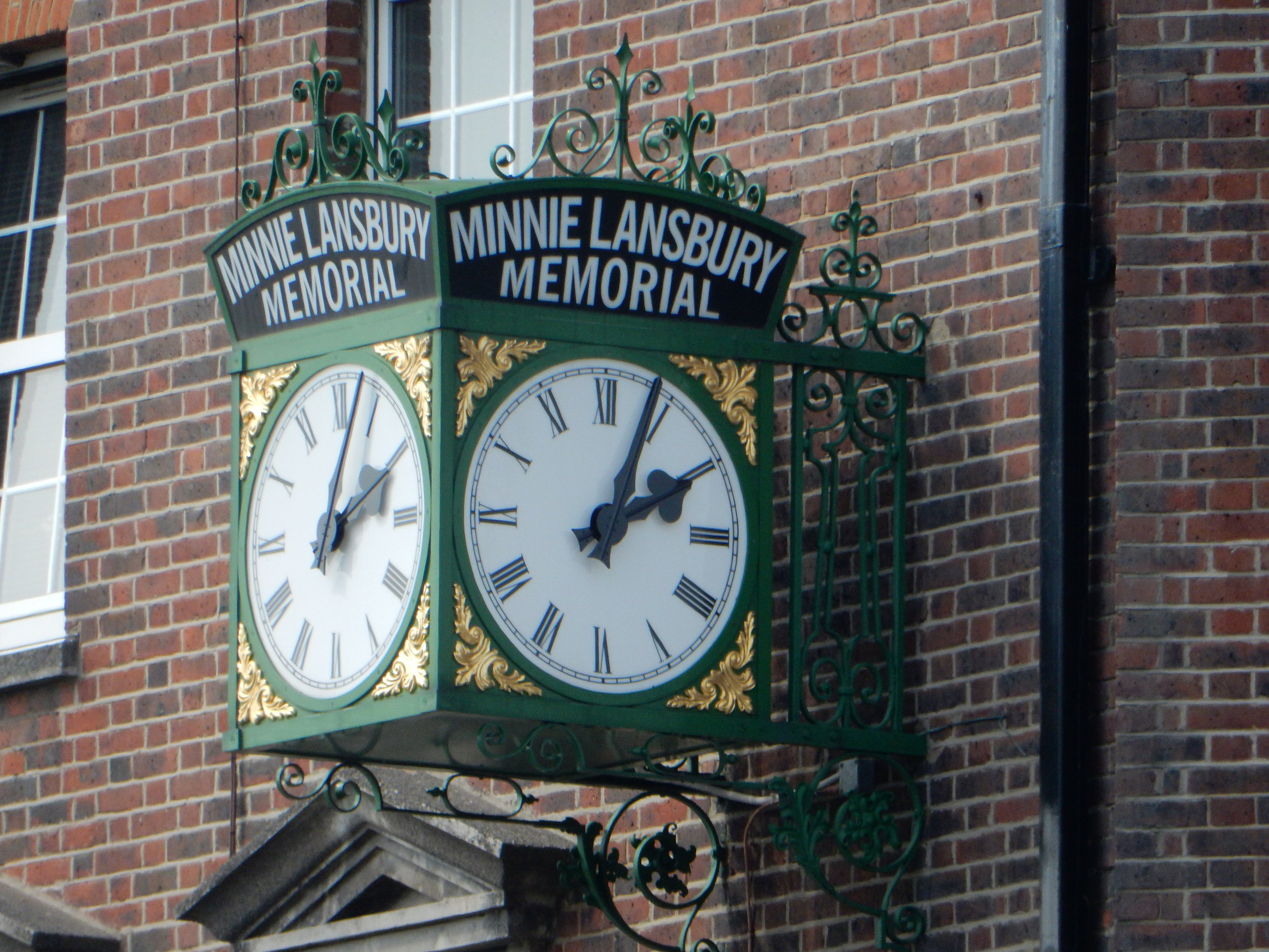 Minnie Lansbury Memorial Clock
