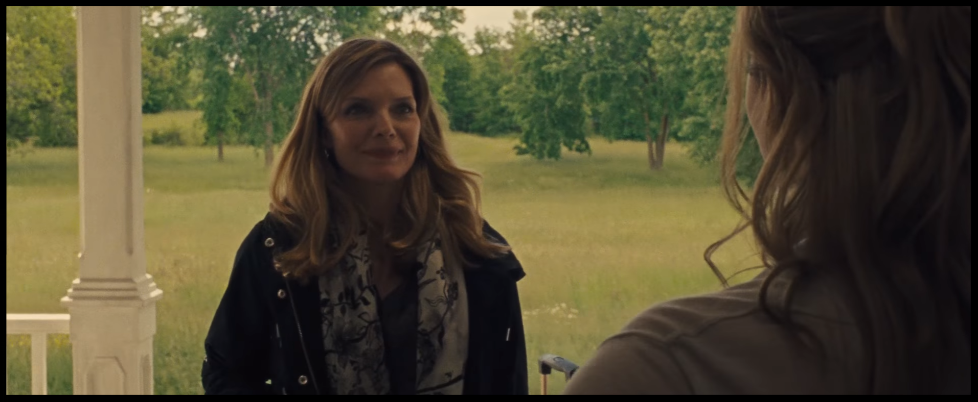 Hi, my name is  Michelle Pfeiffer,   Ed Harris  will be along shortly. We're here to show you how it's done.