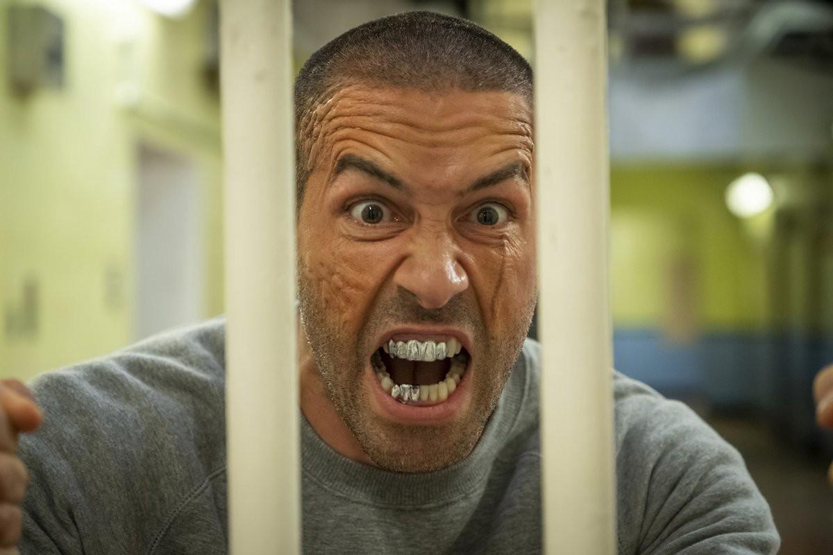 Scott Adkins - prison - avengement