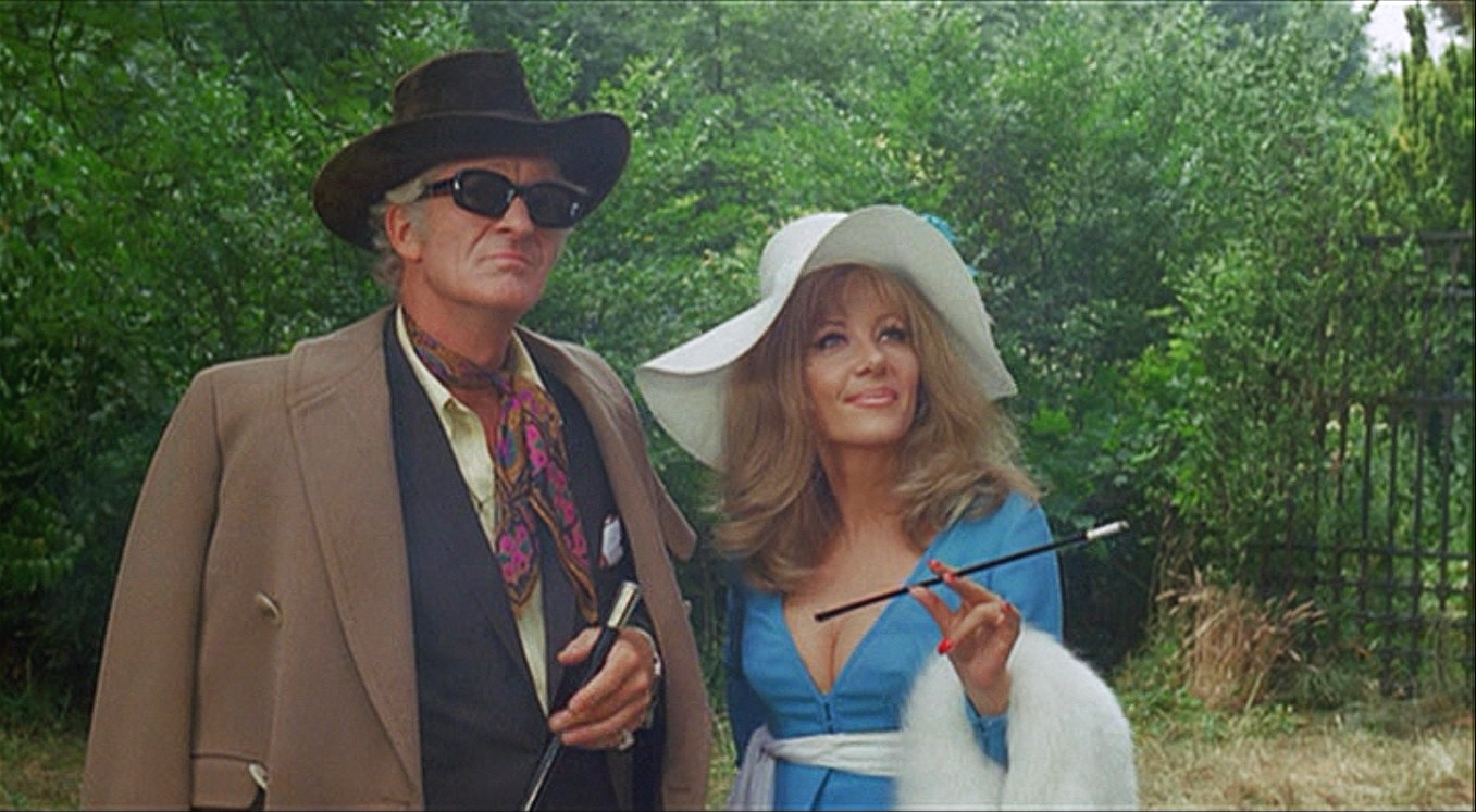 Jon+Pertwee+and+Ingrid+Pitt+-+The+House+That+Dripped+Blood