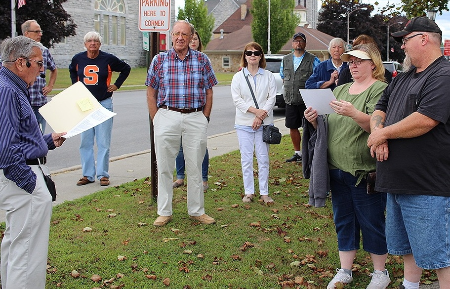 Gouverneur Historian Joe Laurenza talking to the crowd gathered for the historic walking tour on Saturday. August 24. (Rachel Hunter photo)