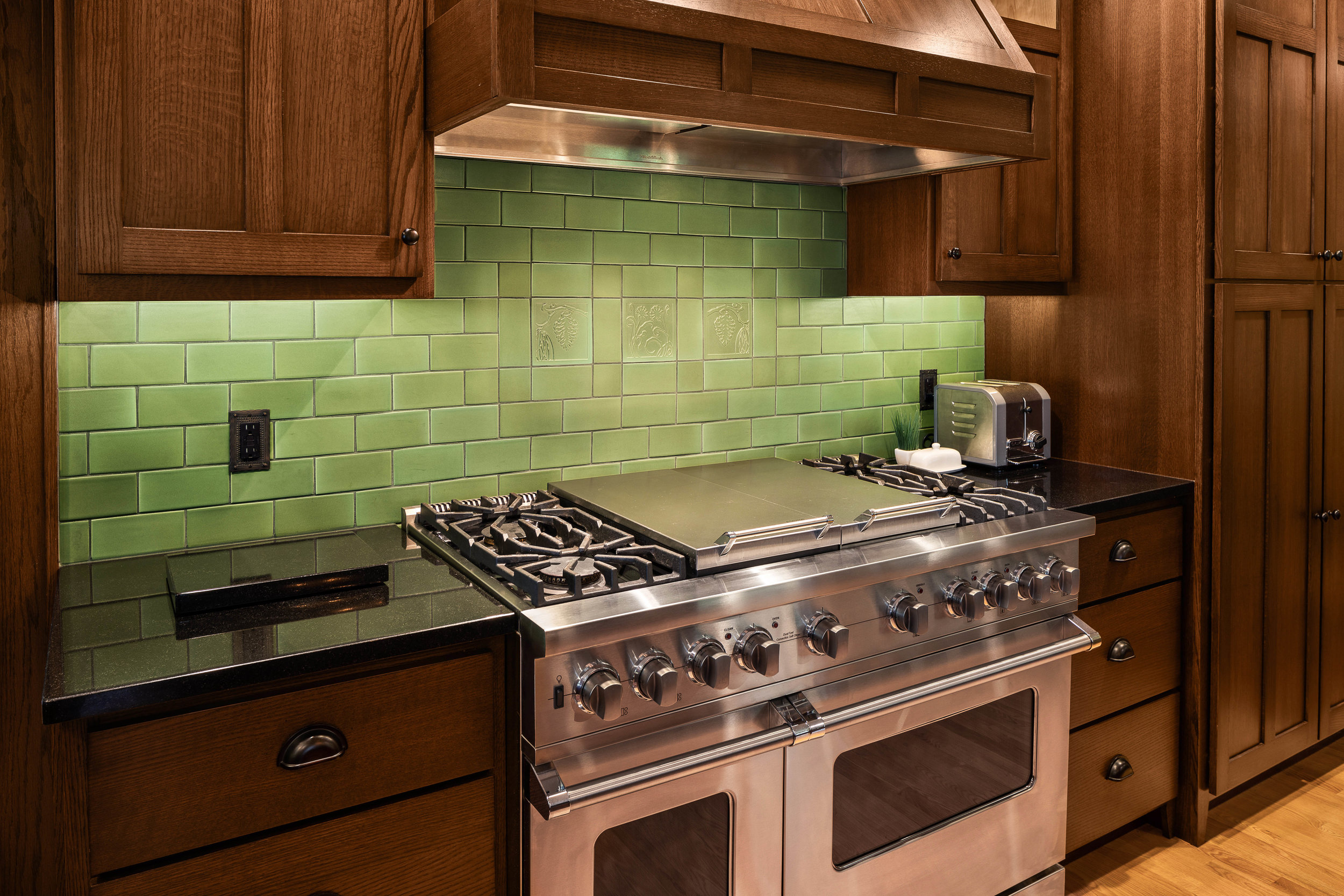 kitchen backsplash5web.jpg