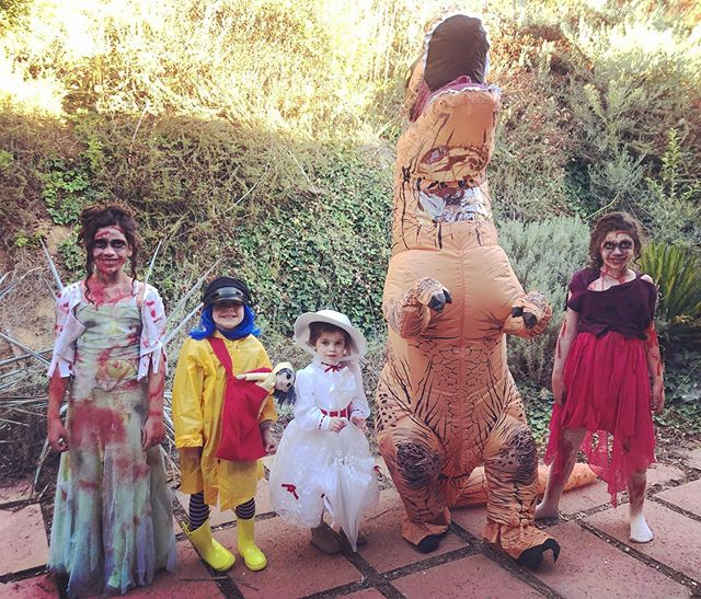 Halloween 2019 . . Good times were had by all. . .  #promzombies #coraline #marypoppins #trex . . #atleastitsovernow 💆🏻‍♀️💆🏻‍♀️💆🏻‍♀️💆🏻‍♀️💆🏻‍♀️😂