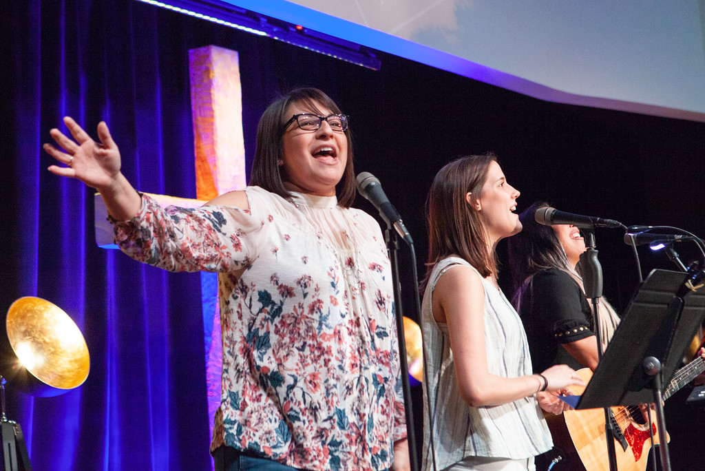 worship_aly_2018.04.19-3723-XL.jpg