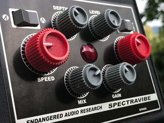 If you want this look on your Spectravibe, you can buy these knobs on @Reverb on @centurysoundlabs (link in our bio). They're expensive because they're custom made, and we stopped using them because they're expensive. But some people really really wanted to have them on this - and I see why now! Look how badass that is!  #spectravibe #studio #studiolife #producerlife #producer #guitarpedals #pedalboard #pedalboardporn #pedalboardoftheday #stompboxes #tremolo #wah #autowah #tremolopedal #analog #analogpedal #knowyourtone #pedalsandeffects #effectspedals #pedalboardarchive #gristleizer #thegristleizer #shotoniphone #guitarpedal
