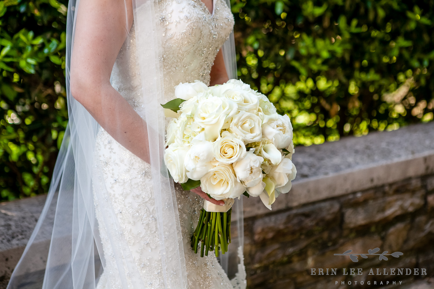 All_White_Bouquet