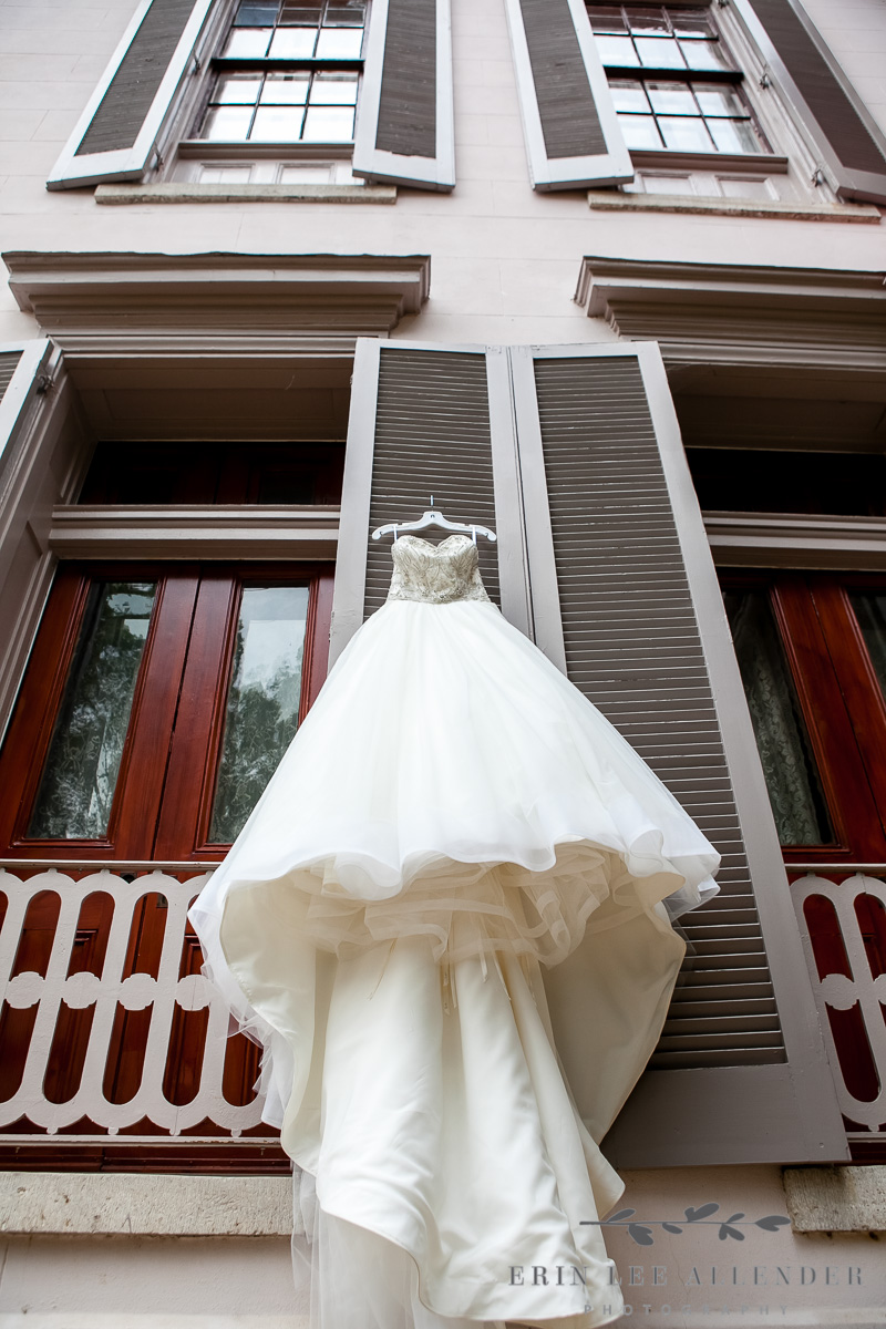 wedding_dress_Belle_Meade_Plantation