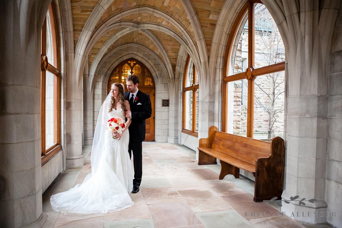 Bride_Groom_Arches