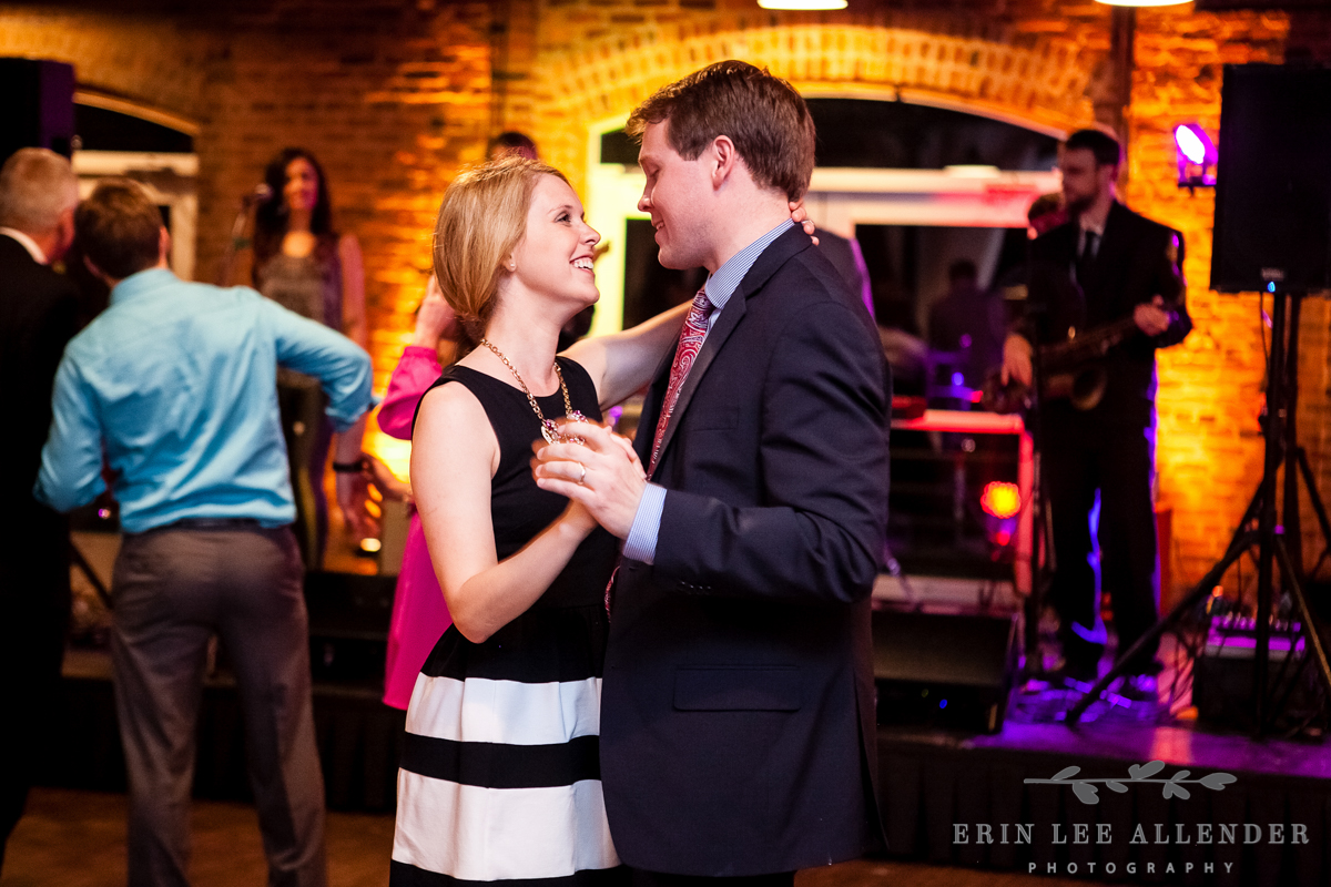 Couple_Dancing