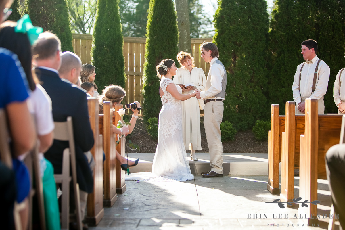 Loveless_Barn_Outdoor_Ceremony