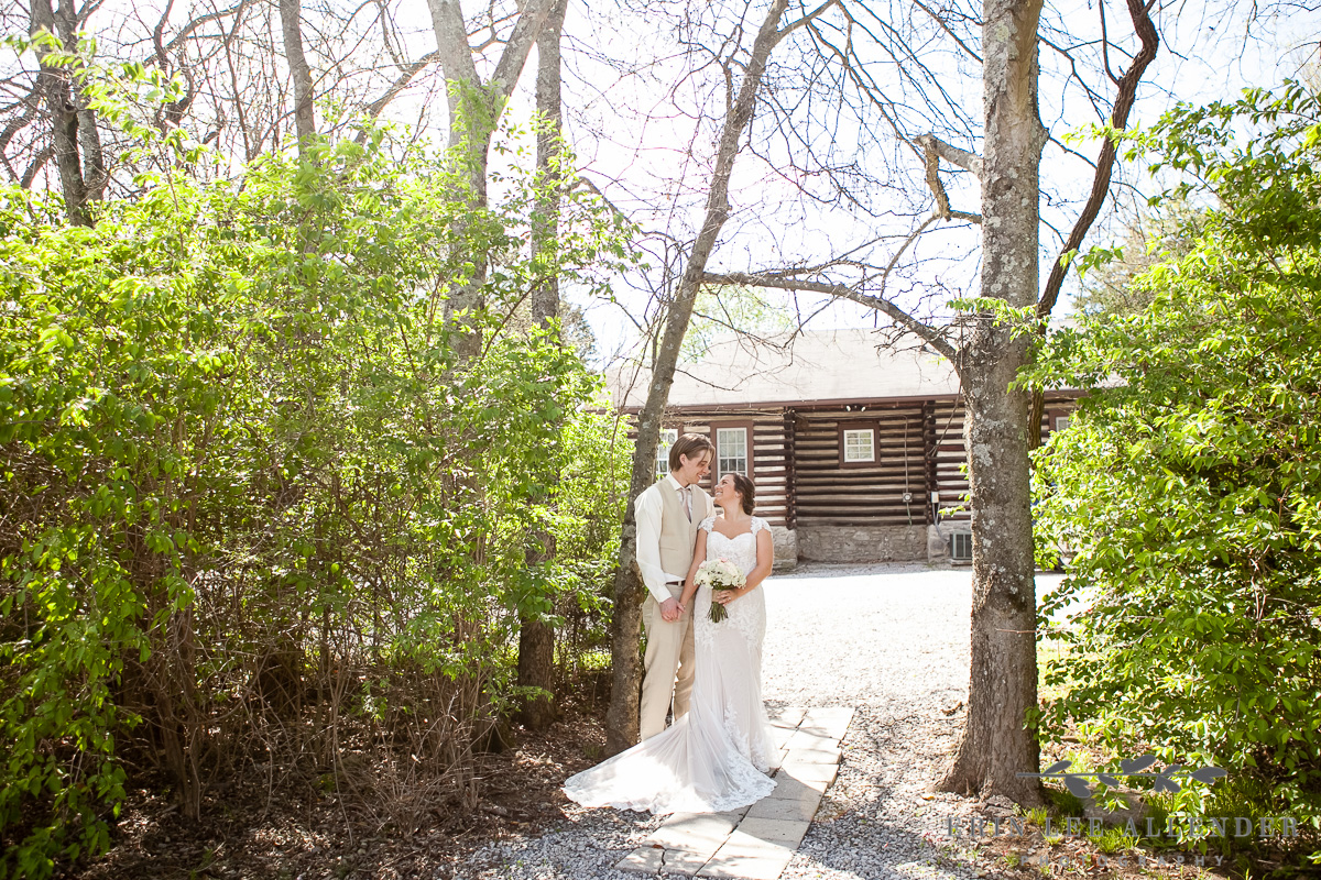 Bride_Groom_Cabin