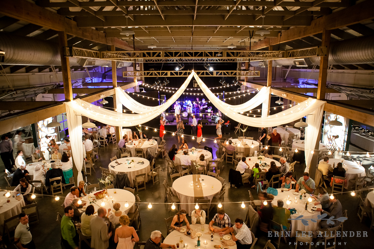 Loveless_Barn_Reception