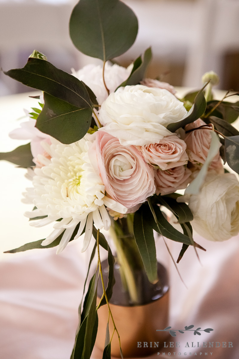 Blush_And_Gold_Centerpiece