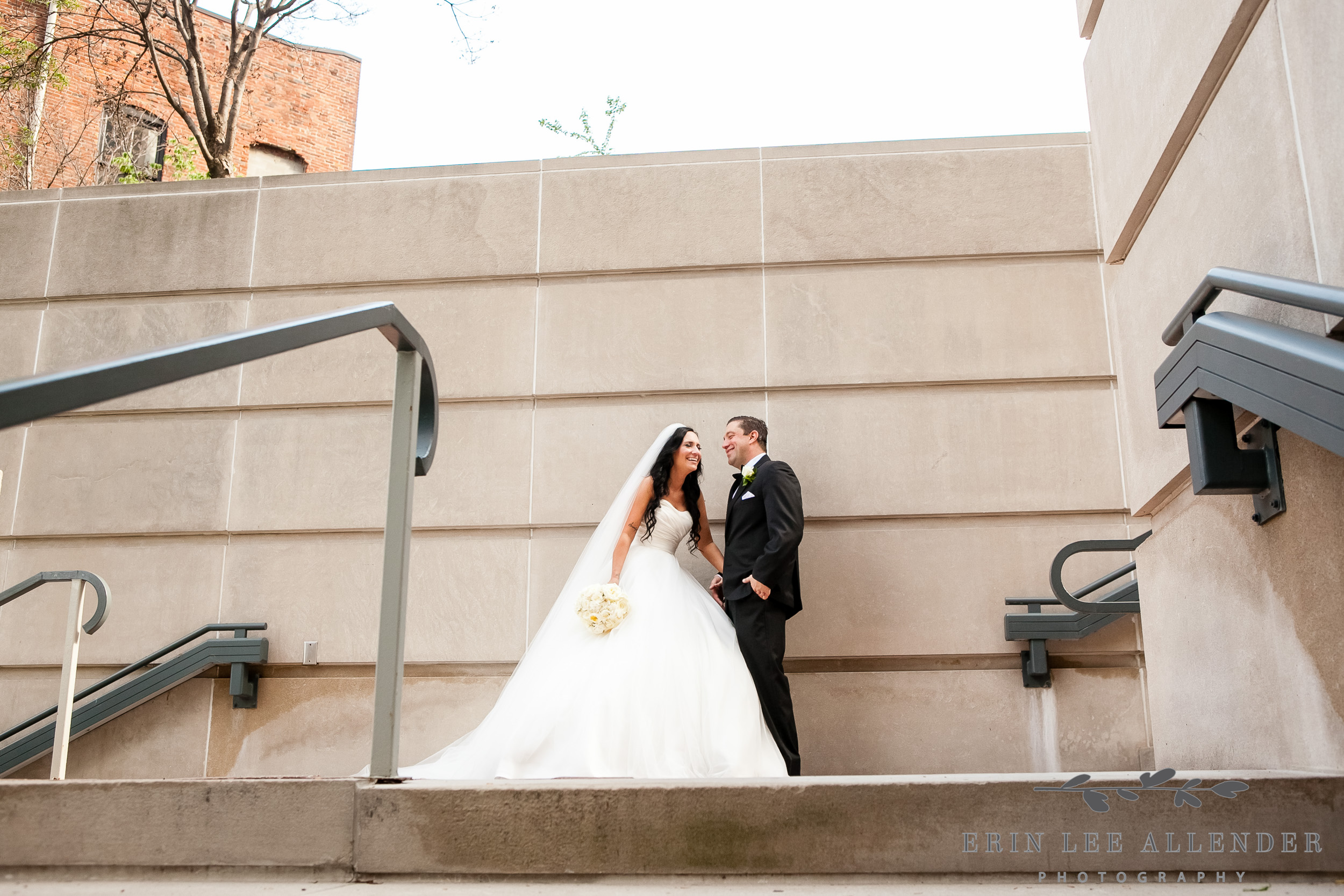 Modern_Wedding_Photograph