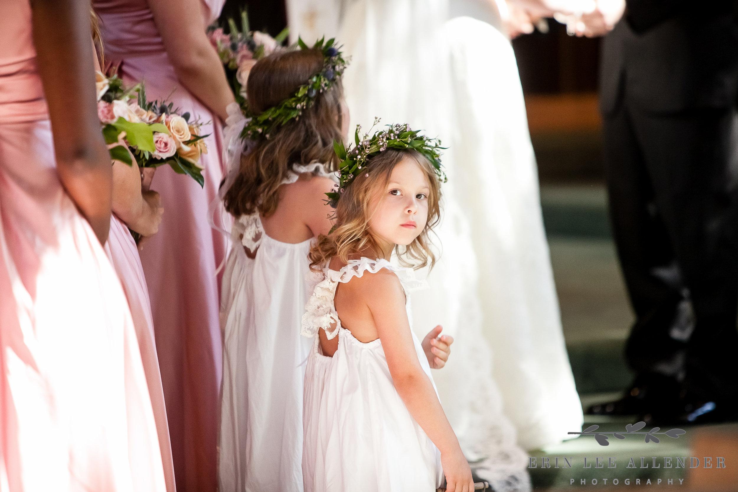 Flower_Girls_With_Laurels