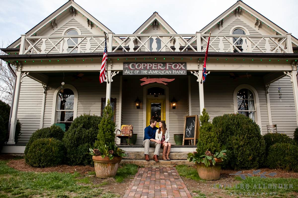 Couple_sits_on_rustic_front_porch