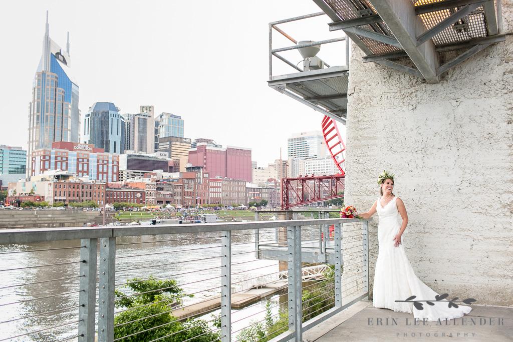 Bride_Nashville_Skyline