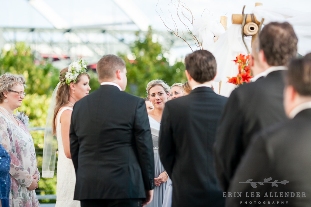 Maid_Of_Honor_Cries_Ceremony