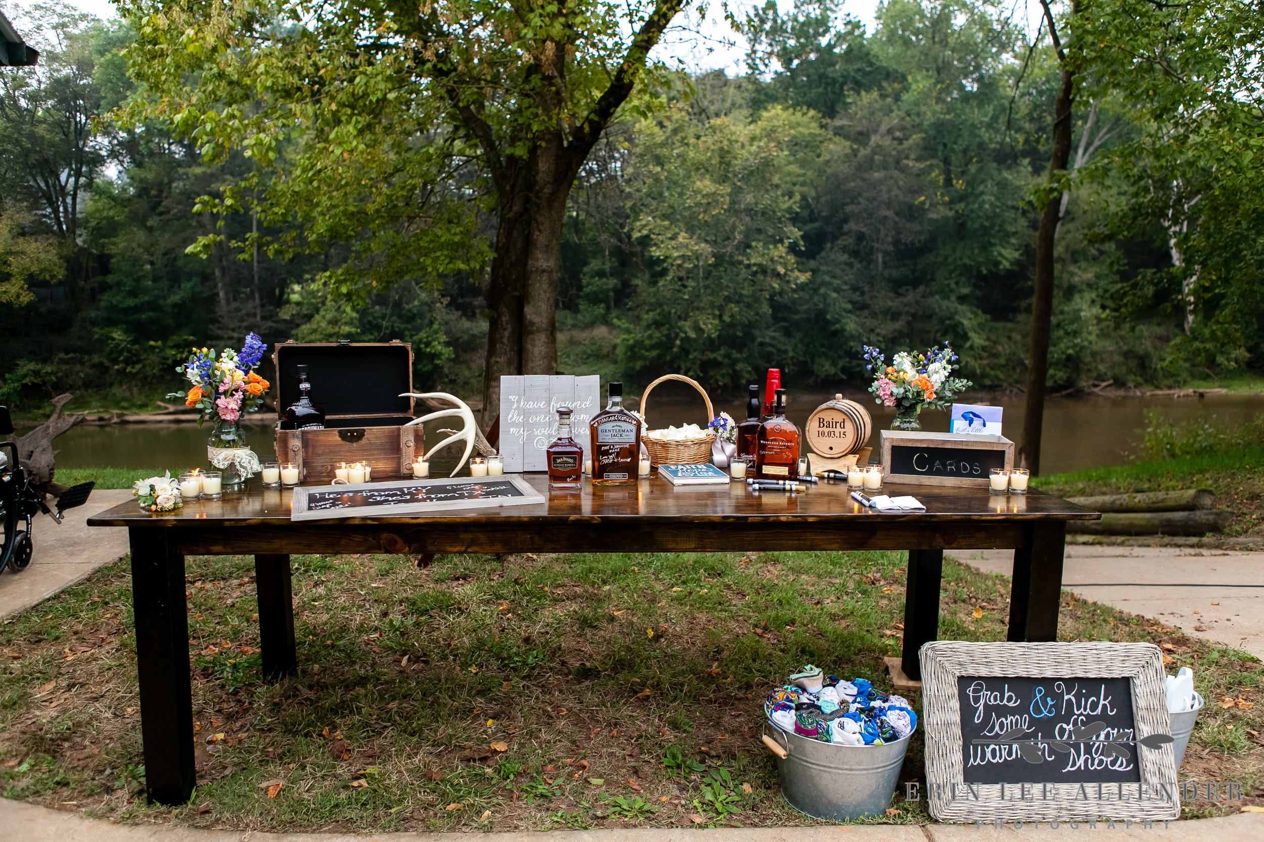 Bourbon_Guestbook_Table
