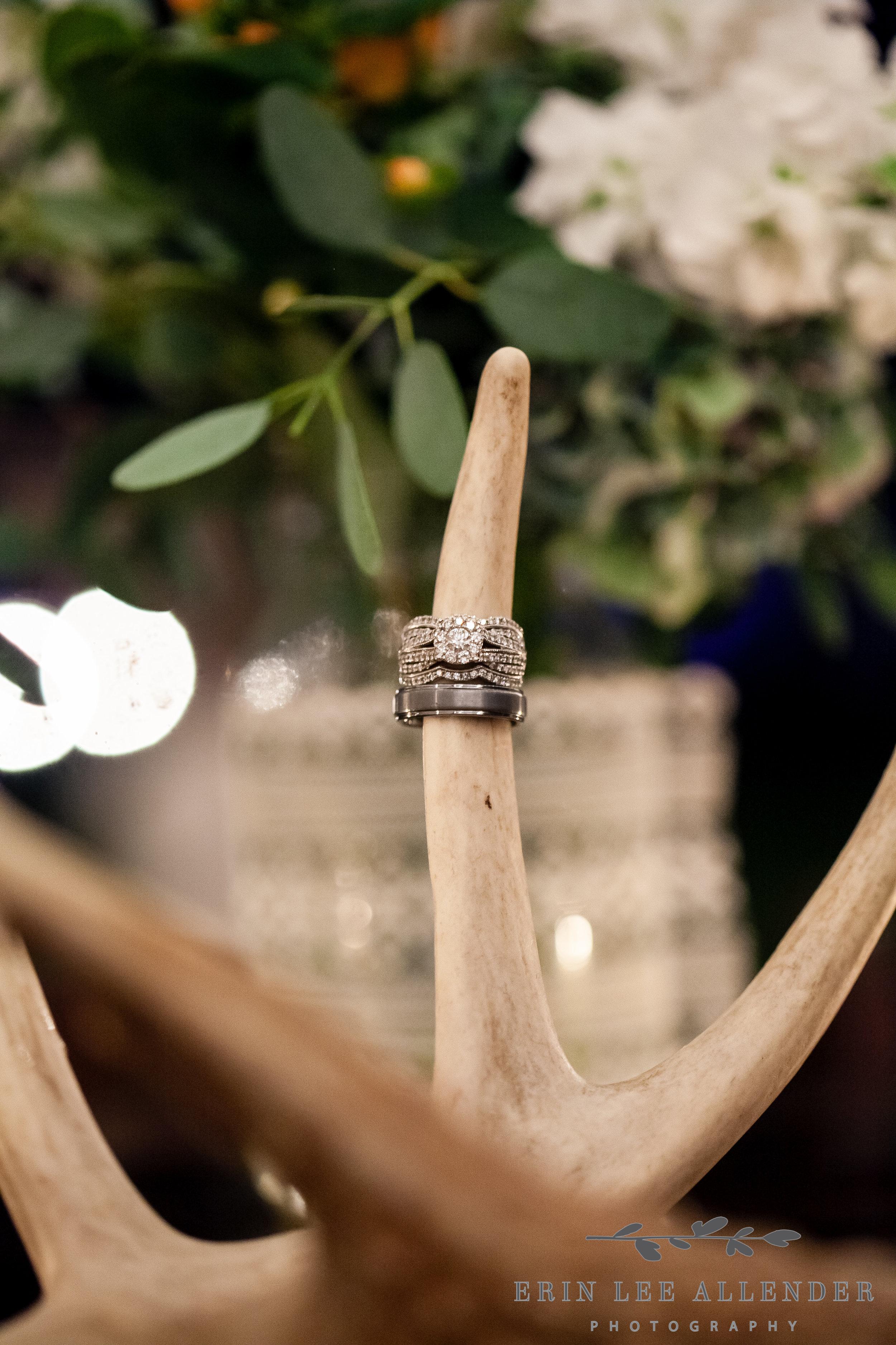 Wedding_Ring_Deer_Antlers