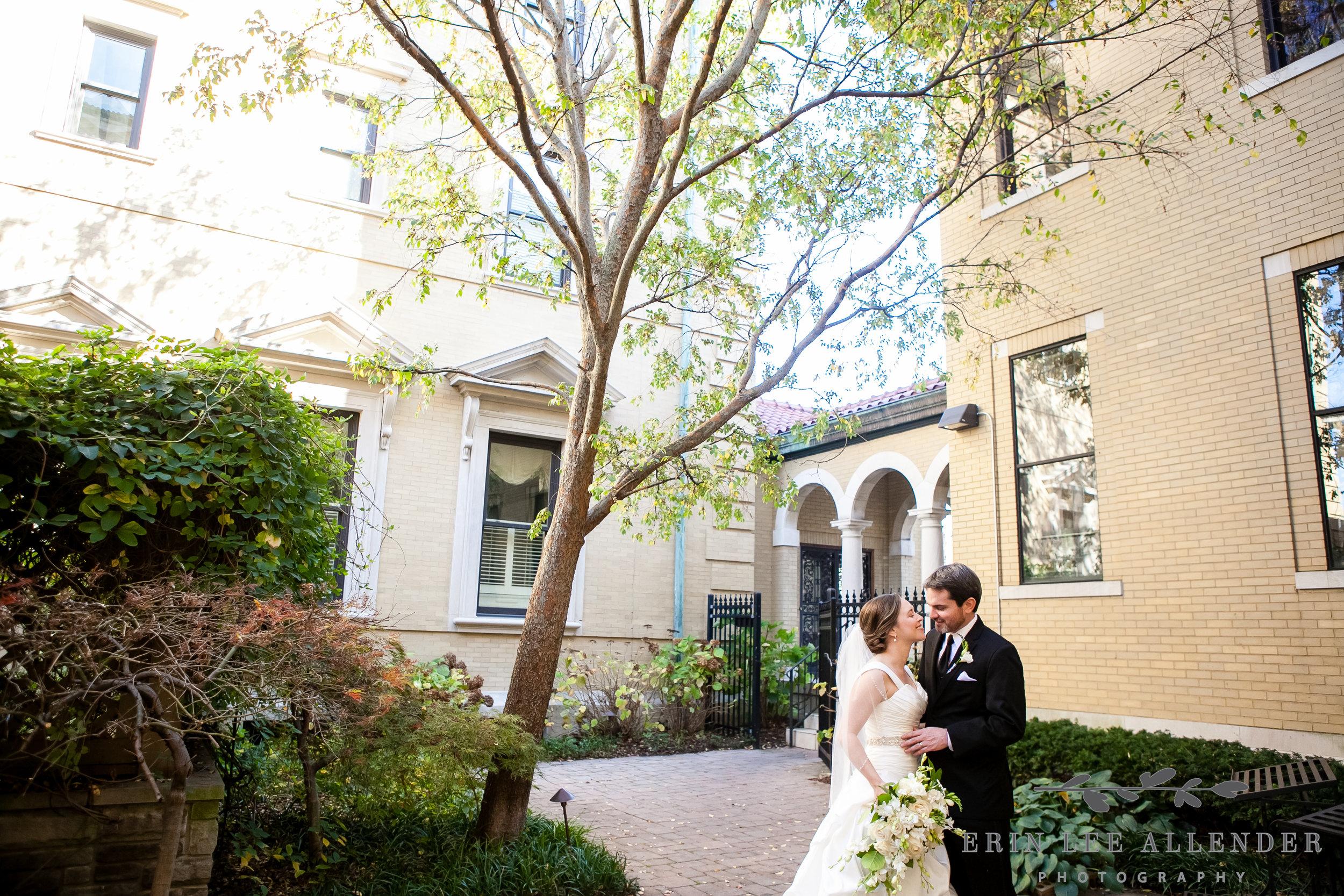 Couple_In_Beautiful_Courtyard