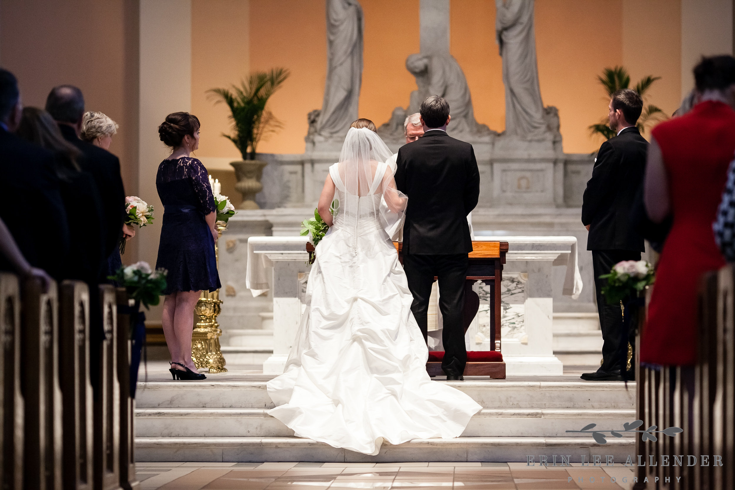 Couple_In_Cathedral