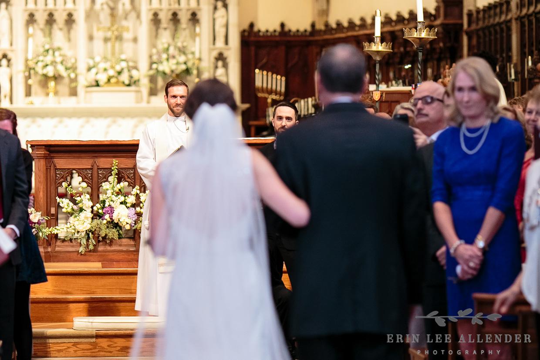 Groom_Sees_Bride_Walking_Down_Aisle