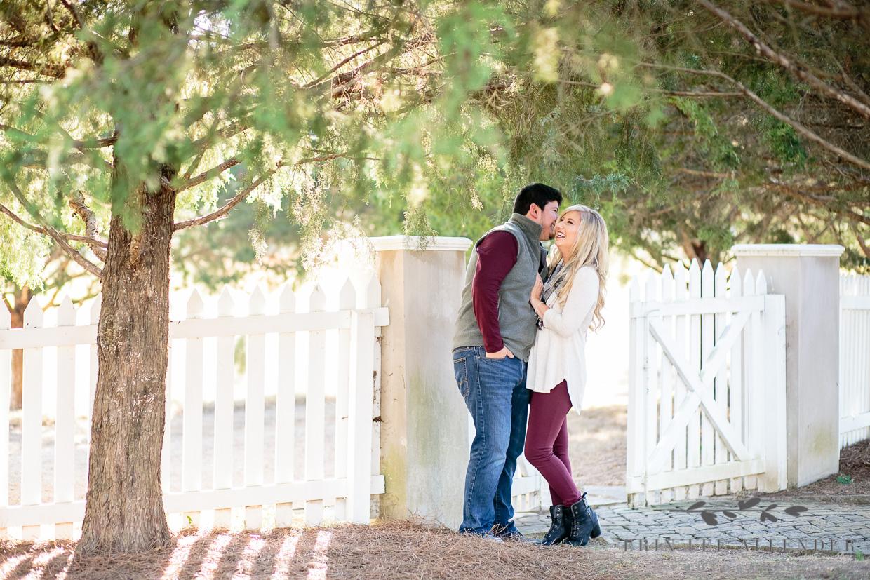 Couple_White_Picket_fence