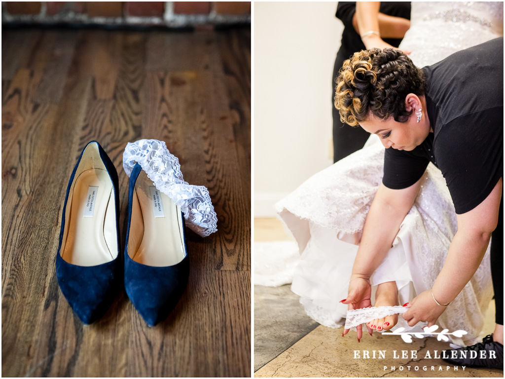 Sister_Helps_Bride_Put_On_Shoes