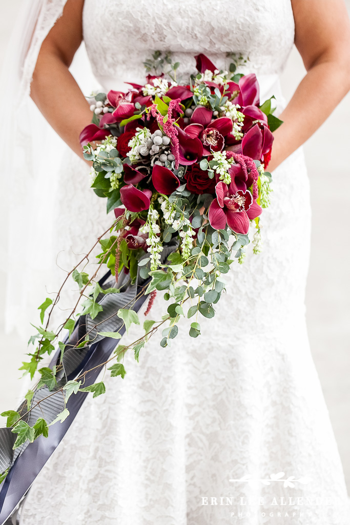 Jewel_tone_Bouquet_With_Ribbons