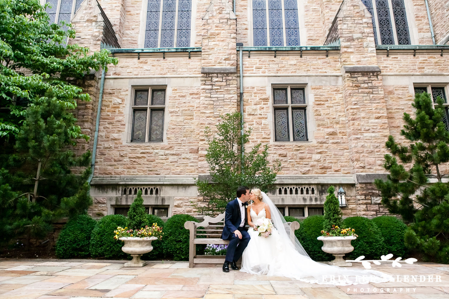 Couple_Kiss_In_Courtyard