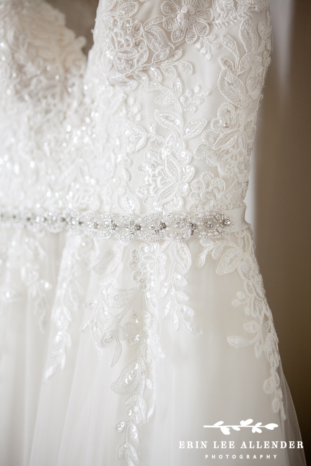 Sweet_Heart_Wedding_Dress_With_Straps
