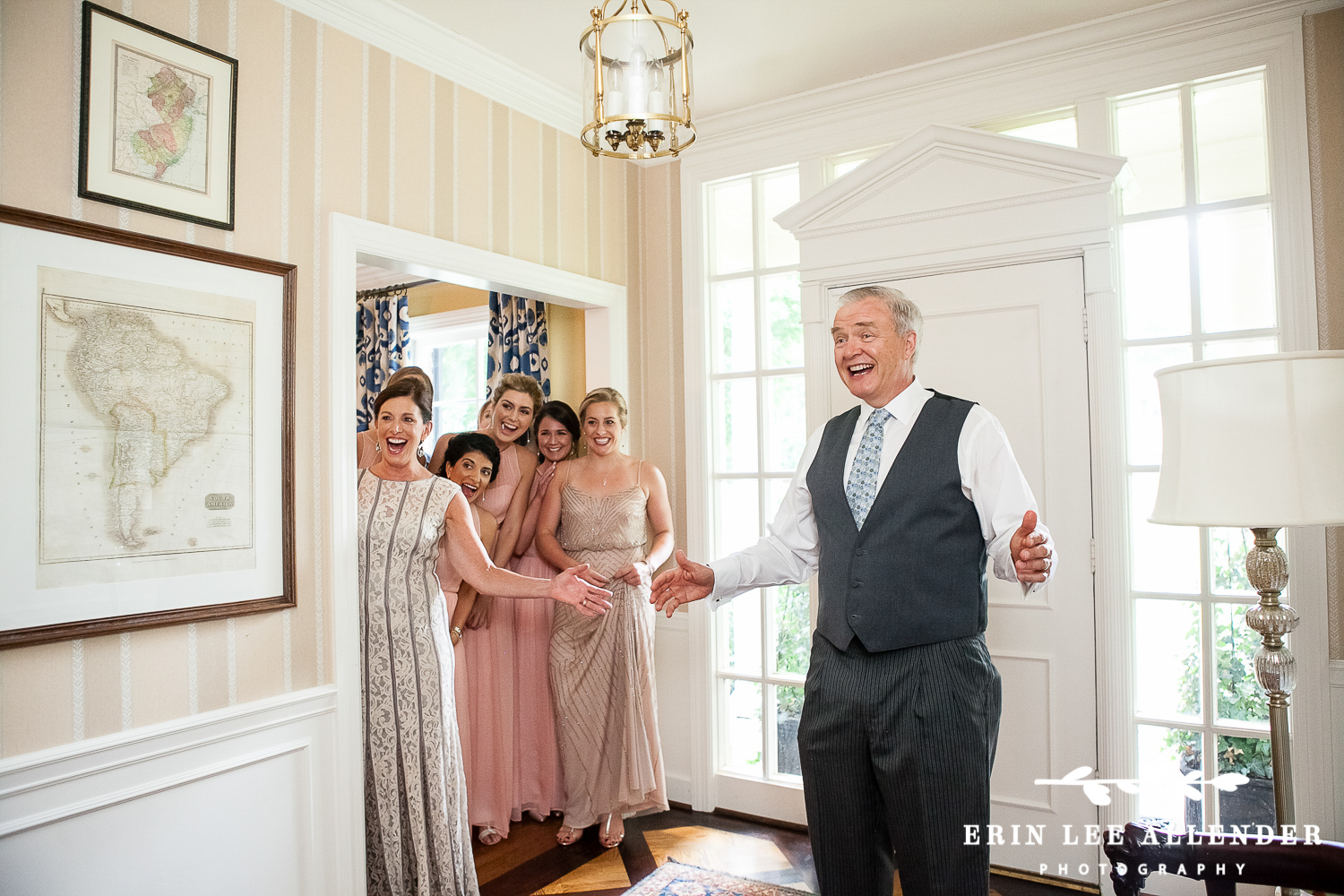 Dad_Sees_Bride_For_First_Time