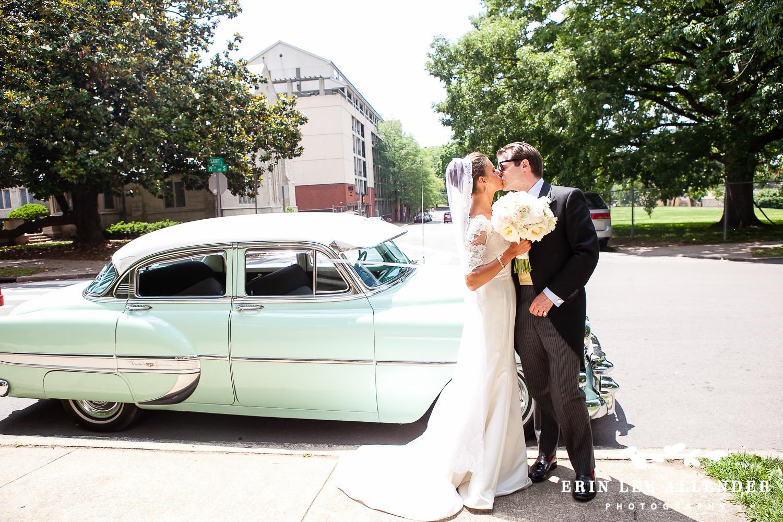 Bride_Groom_Classic_Car