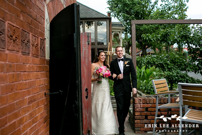 Couple_Enters_Reception
