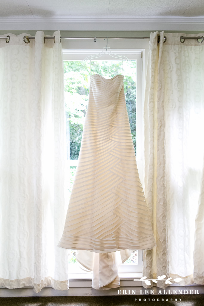 Anne_Barge_Wedding_Dress