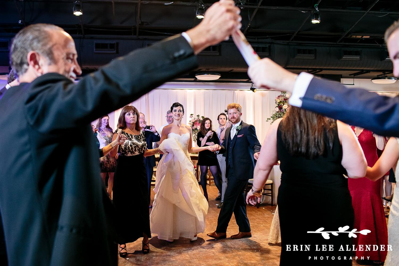 Greek_Dancing
