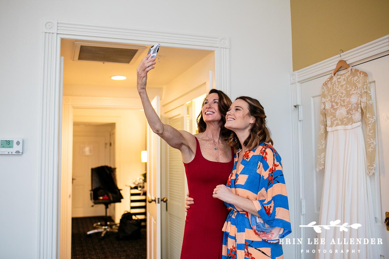 Mom_Bride_Selfie