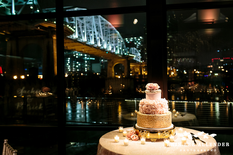 Gold_Glitter_Wedding_Cake