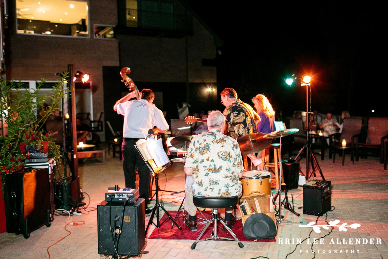 Jazz_Combo_Plays_Backyard_Party