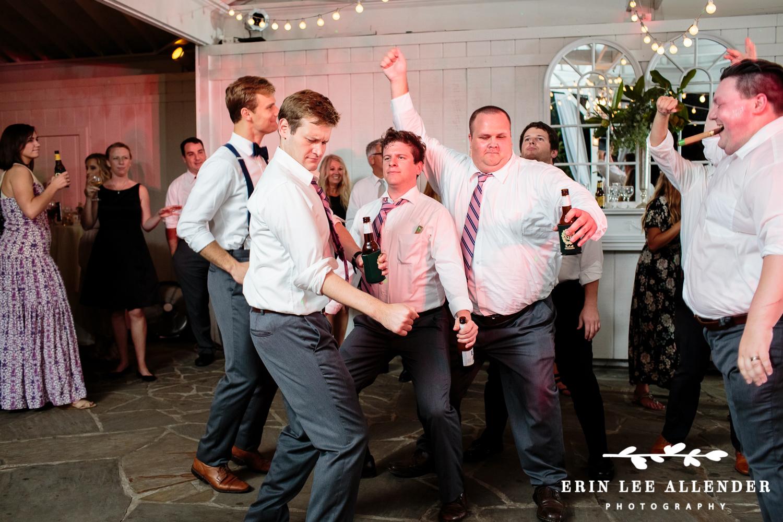 Groomsmen_On_Dance_Floor