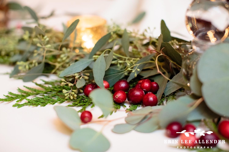 Cranberries_Wedding_Decor