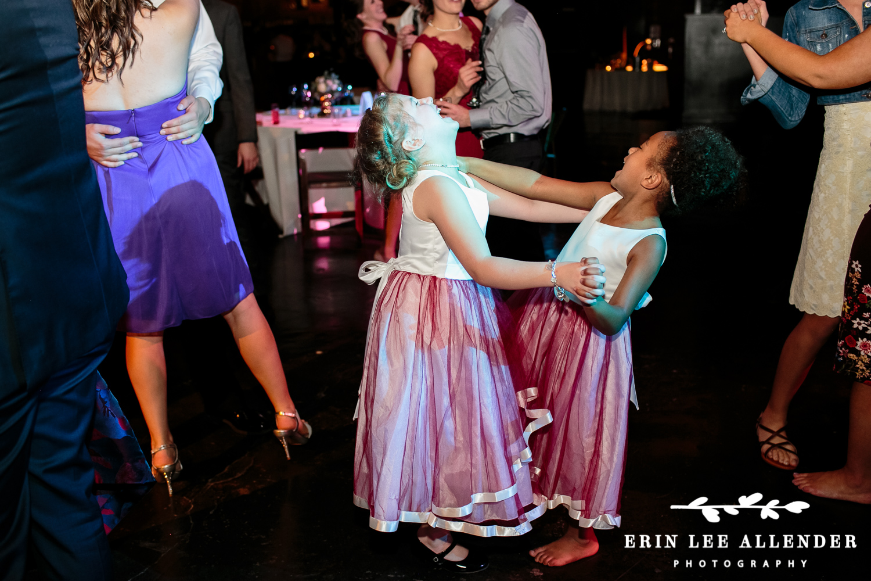 Flower_Girls_Dancing