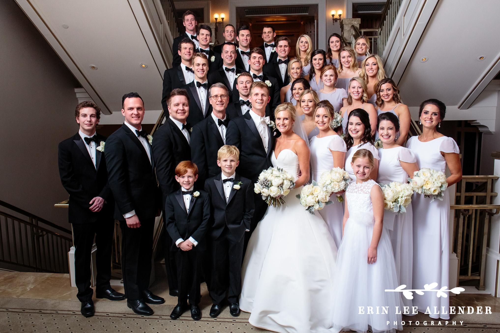Large_Wedding_Party