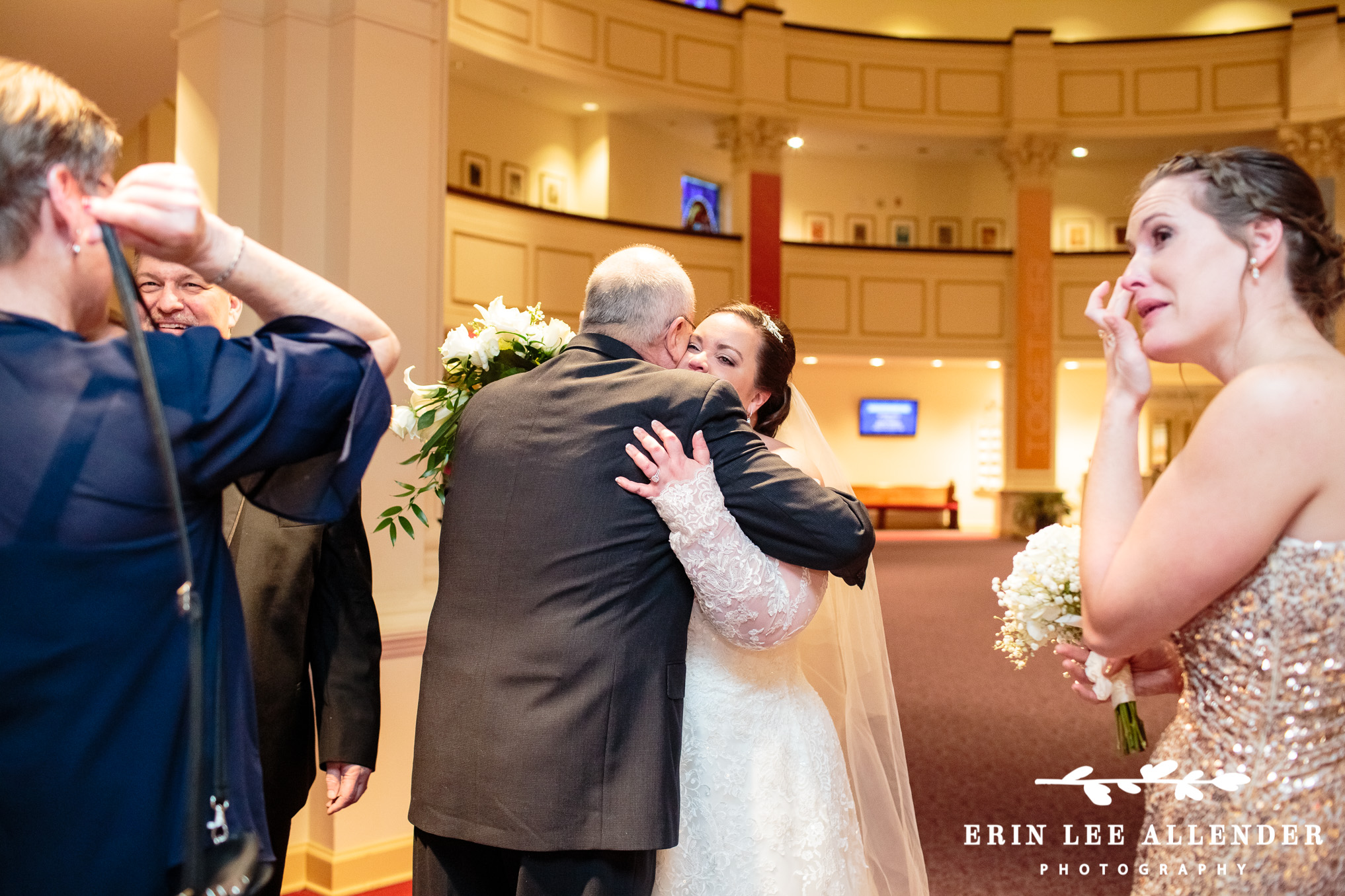 Bride_Hugs_Dad