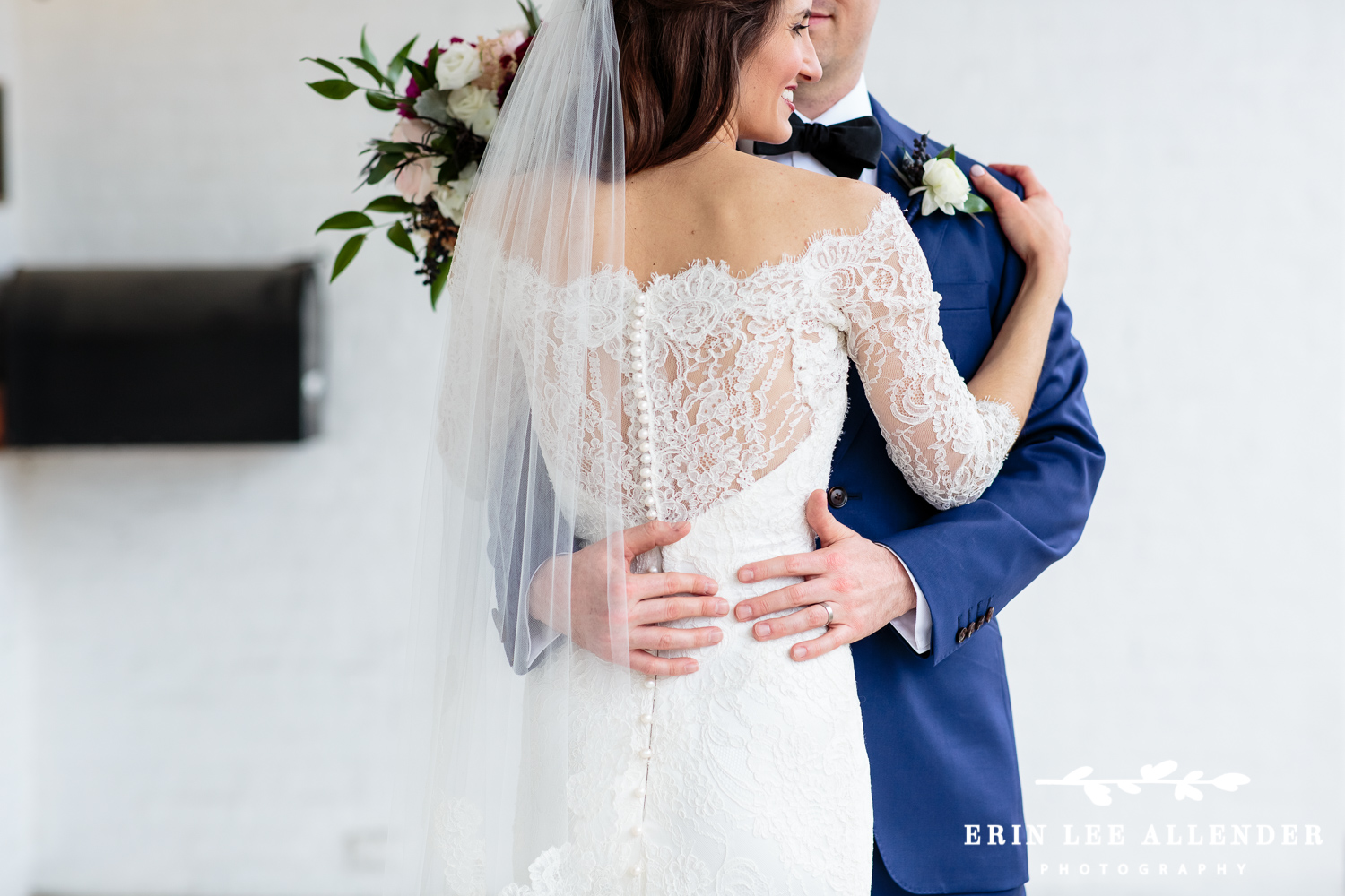 Lace_Back_Wedding_Gown