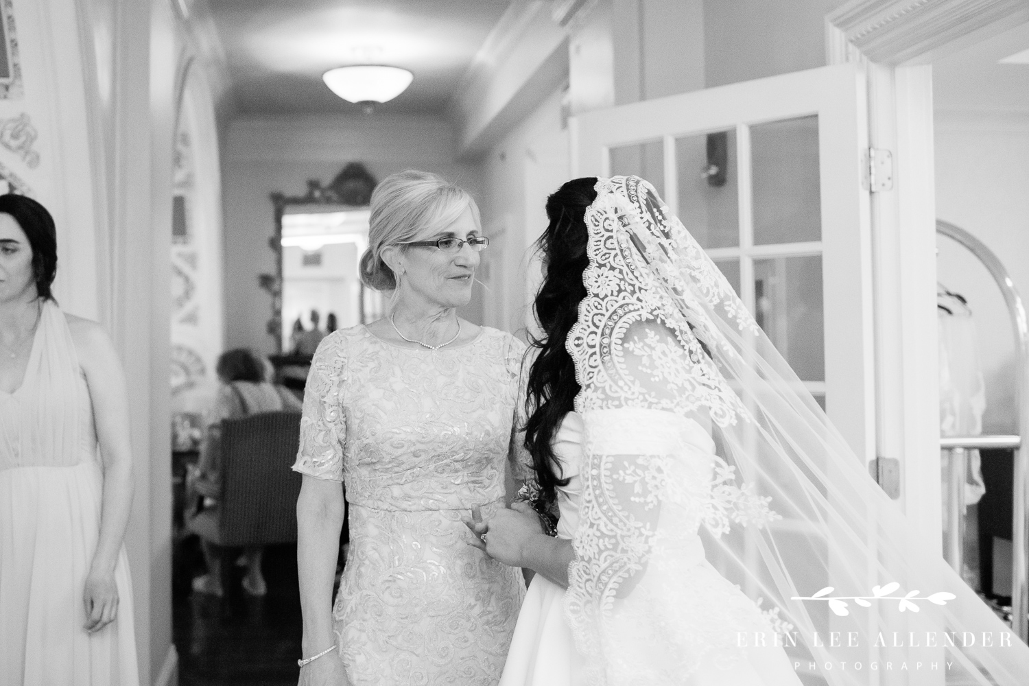 Mother_Wishes_Bride_luck