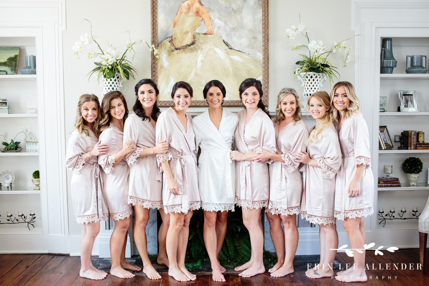 Bridesmaids_In_Robes